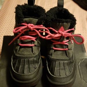Nike acg boots childrens